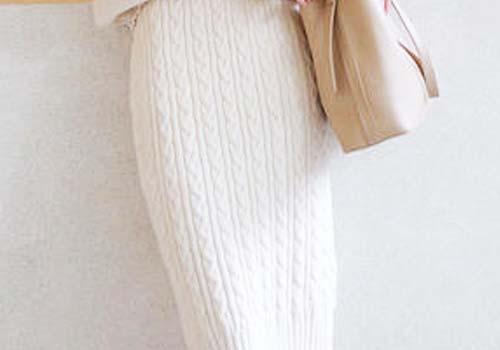白色针织包臀裙