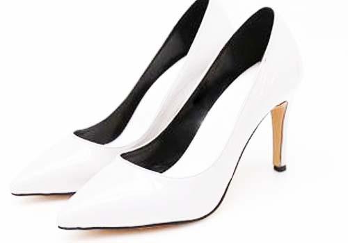 搭配高跟鞋