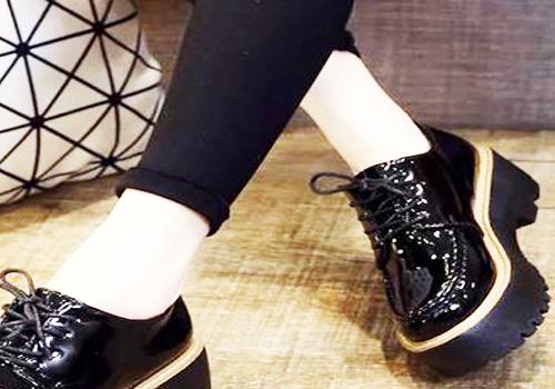 厚底松糕鞋搭配