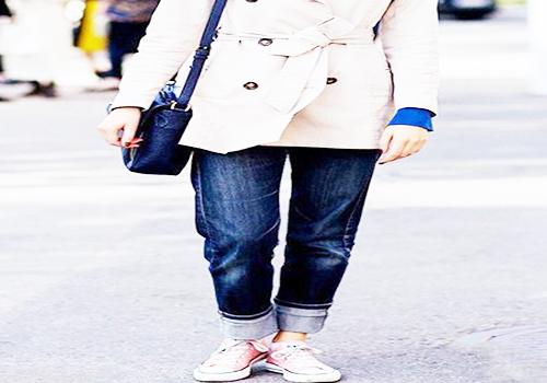 帆布鞋搭配裤子的方法